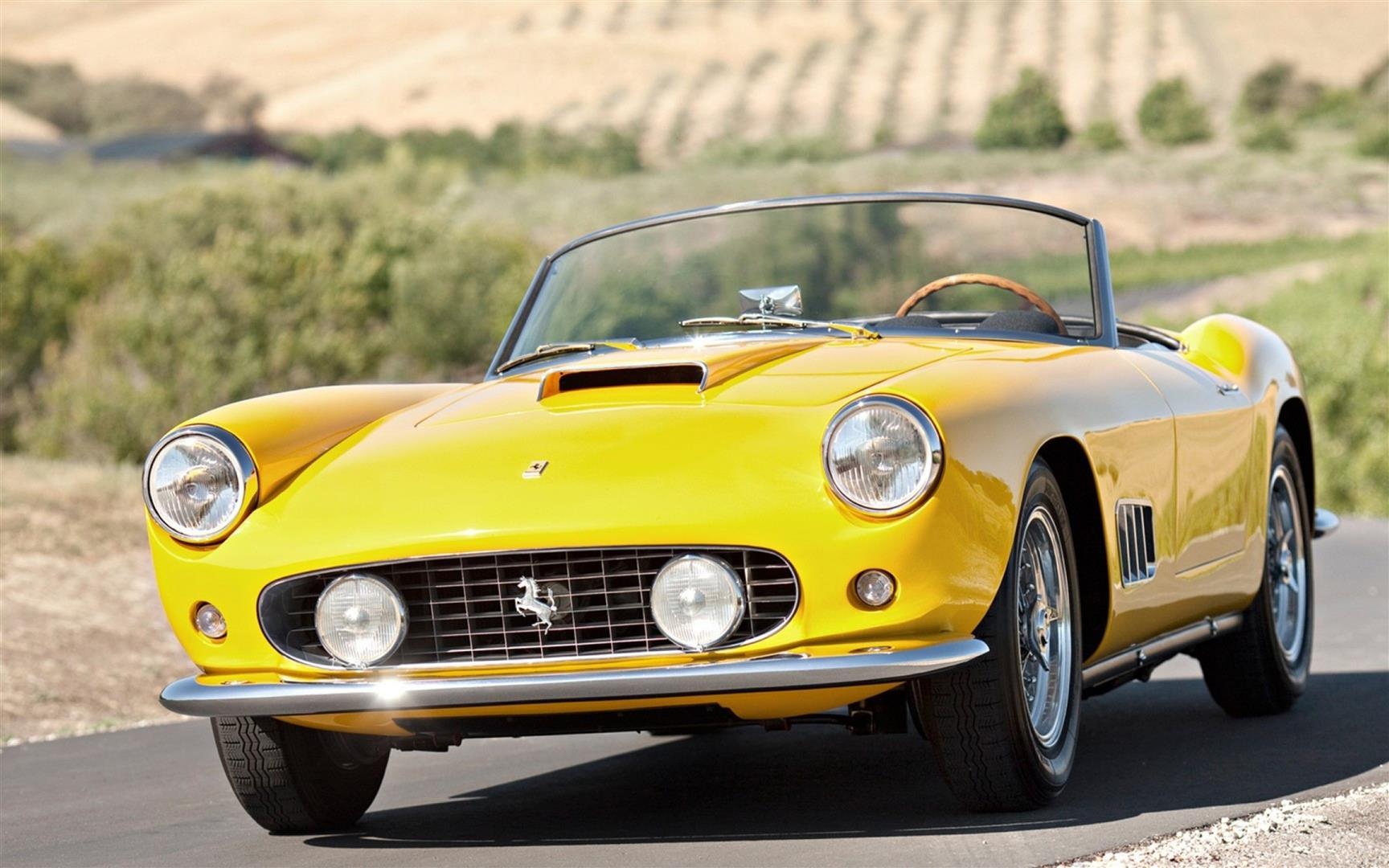 vintage_ferrari_convertible_yellow_95656_3840x2400 (Large).jpg