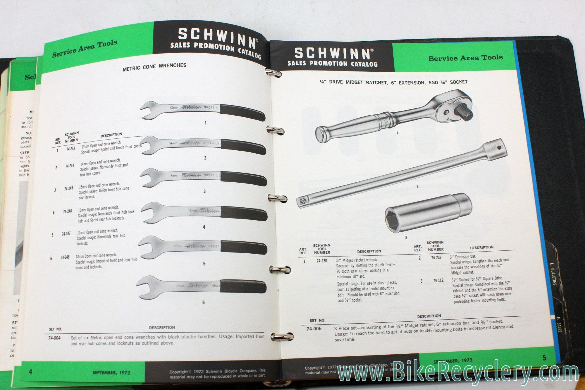 vintage_schwinn_memorabilia_catalogs_dealer_service_manuals_17829.JPG