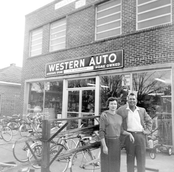 WesternAutoStore_pr04077.jpg