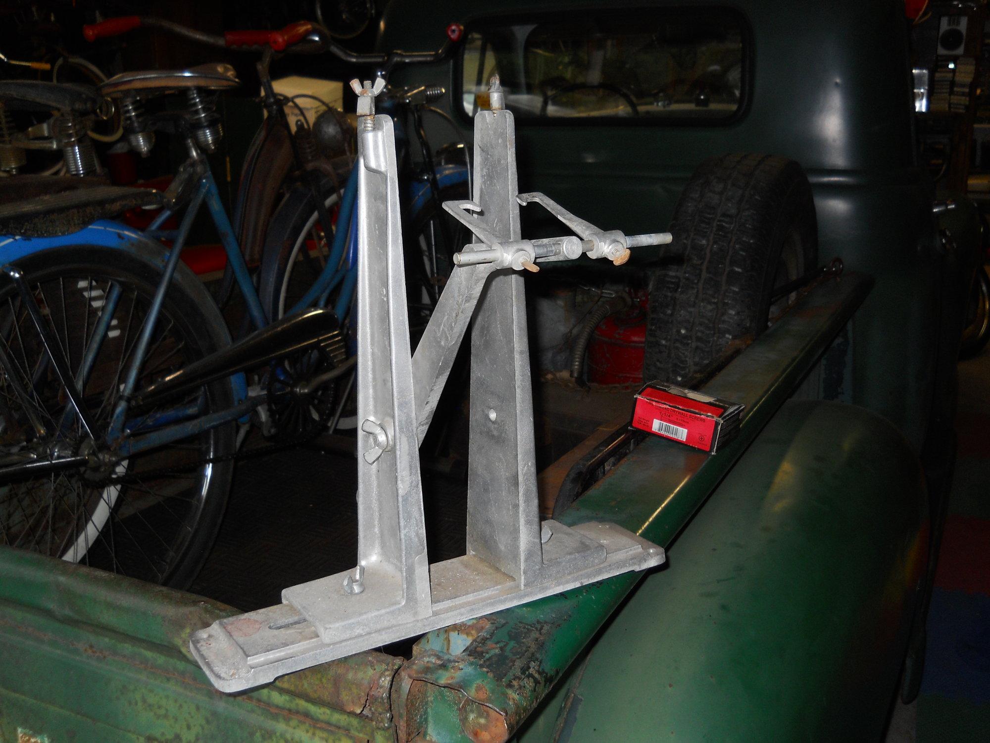 wheel truing stand.JPG