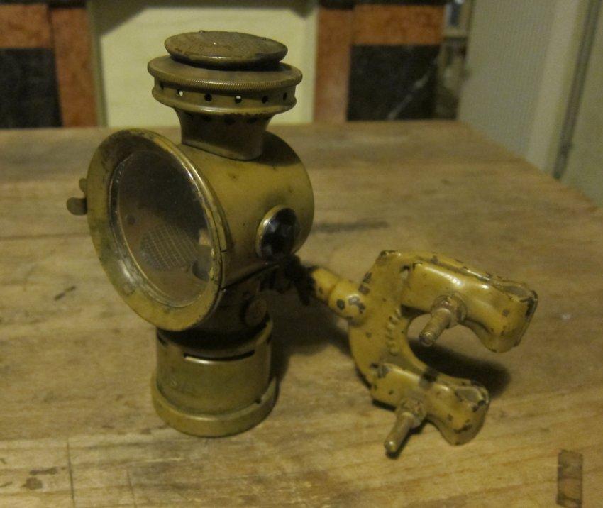 WW1-BicycleHeadlight-USArmy (1).jpg