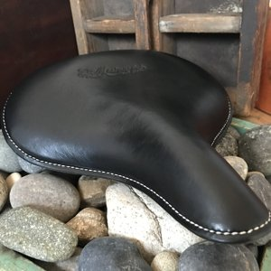 Single-Pan Mesinger, not glued, thick saddle-leather as original